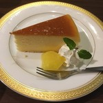 すなば珈琲 - ケーキセットのチーズケーキ