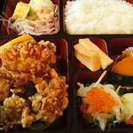 桂泉 - 鳥の唐あげ定食(¥800)