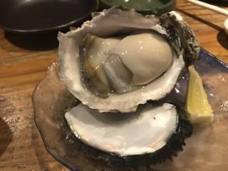 五郎 万代店 - 岩牡蠣