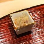 東麻布 天本 - スルメイカの軟骨塩辛