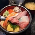 88153605 - ランチの海鮮丼