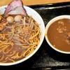 俺が豚食堂 - 料理写真:がっつり黒味噌に、カレー