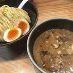 銀座 朧月 - 濃厚つけ麺 中盛り 味玉トッピング