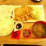 白金魚食堂 - チキン南蛮定食