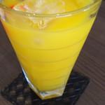 食堂カフェ COCO家 - 娘のマンゴージュース