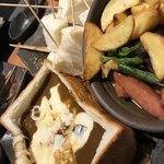 宮がみ屋 - ラクレットチーズのカレーフォンデュ