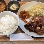 キッチンポックン - トンテキ定食(1200円)