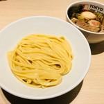 東京アンダーグラウンドラーメン 頑者 - 特製つけ麺ライト(1,030円)