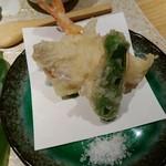 魚食処 一豊 - 天ぷら盛合わせ