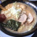 麺山 - とんこつ醤油味玉子ラーメン