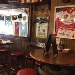 Irish Pub An SOLAS - アイリッシュパブらしい店内