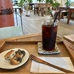 ペタニコーヒー - アイスコーヒー+本日のお菓子