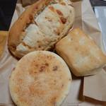 ベッカライ麦々堂 - パン