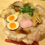 肉そば麺達 - 特肉そば990円