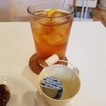 デリ カフェ マイス -