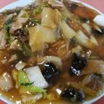 中国料理 寺岡飯店 - 料理写真:五目焼きそば 730円