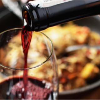 極上肉にマッチした多彩な美酒。375mlの飲みきりワインも。