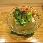88193585 - 先付 豆腐とウニ