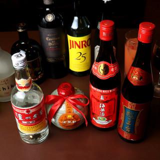 本格中華には、ぜひ紹興酒を…。ビールや韓国焼酎も充実◎