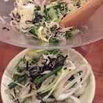 個室・炉端料理 かこいや - 塩昆布のサラダ