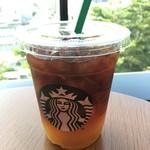 スターバックスコーヒー - ドリンク写真:コールドブリューアップルシトラス tall 496円。