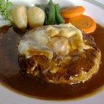 洋食や とんちんかん - ハンバーグ(エッグ)