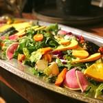 テーブル ビート - Farmer'sサラダ~自家製人参と玉ネギのドレッシング~