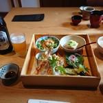 倉敷 和のうまみ処 桜草 - 松花堂弁当とアサヒビール