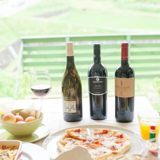 イタリアンにピッタリのワインを各種!創作料理と相性◎なのは。