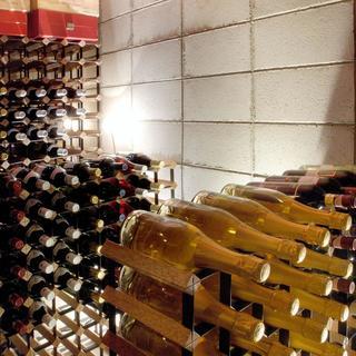 ソムリエ厳選ワインとフレンチのマリアージュをお愉しみください