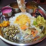 インド食堂ワナッカム - ・ベジミールス 1000円
