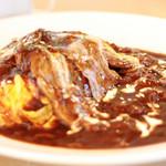 カフェレストラン ベルク - 料理写真:ランチ限定甲州ワインビーフのオムハヤシ