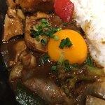 キャンプエクスプレス - 牛すじ煮込みと彩り野菜のカシミール風カレー
