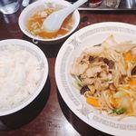 88247426 - 肉野菜炒めライス 1130円