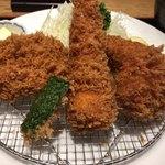 とんかつ まい泉 - 料理写真:ミックスフライ膳はヒレカツ、海老フライ、蟹クリームコロッケ、ホタテフライ。