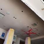 クワンチャイ タイ食堂茶屋町店 - ホテルレストラン風の内観。