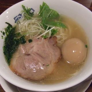 麺づくり 蒼空 - 料理写真:磯潮らーめん730円。
