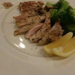 レストラン デルマール - うさぎもも肉のグリル 2400円