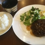農家バル FOODBABY - 松橋牛のハンバーグプレート(150g)700円