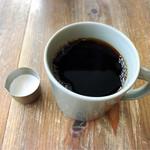 CREER COFFEE - クリームはこれじゃないとね!