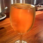 サーモンベーネ - なみなみ白ワイン