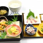 味喰笑 - 7月の東山御膳1,450円(税込)料理長おすすめの人気の御膳です。