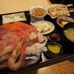みゆきちゃん定食 - 海鮮丼定食