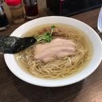 らーめん夢中 - 白醤油ラーメン中盛 700円