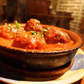 ワインに合う「肉団子のスペイン風トマト煮」