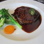88297213 - 青森県産牛フィレ肉のポワレ +1800円+Tax