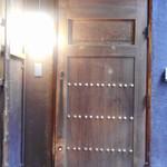 四ツ谷 ふく鶴 - 重厚そうなドア