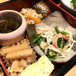 辨慶 - 中は、お惣菜のパレード!(2018.6.27)