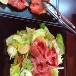 8830002 - 仔羊サラダと生ラムロインセットのお肉