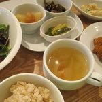 百菜 - おまかせ惣菜セット
